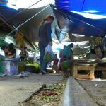 Verpasse nicht den verrücktesten Markt Thailands!