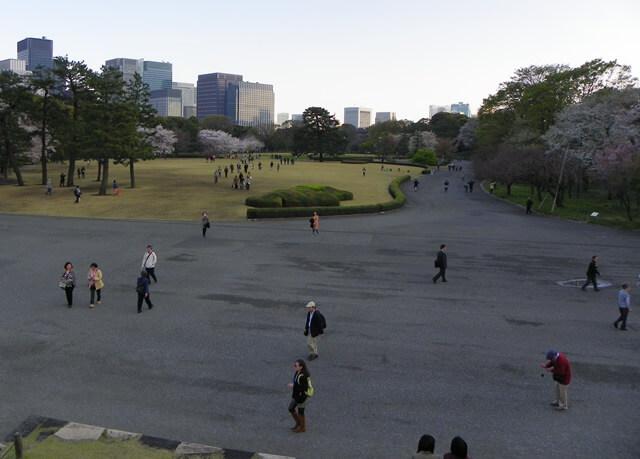 Was-tun-in-Tokio-Von-klassisch-bis-durchgeknallt_imperialer-palast-ost-garten