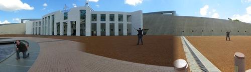 Mögen sie Symmetrien und Museen? Dann könnte Canberra, die Australische Hauptstadt, etwas für sie sein? Erfahren sie hier mehr!