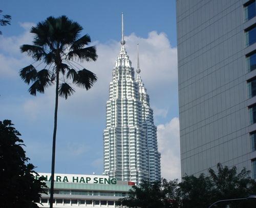 Die Malaiische Halbinsel halt alles bereit, was sich ein unabhängig Reisender nur wünschen kann. In diesem Artikel finden sie einen Reiseroutenvorschlag von Süden nach Norden!