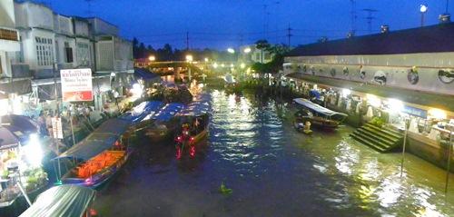 schwimmende Märkte nahe Bangkok Thailand amphawa 100 0094