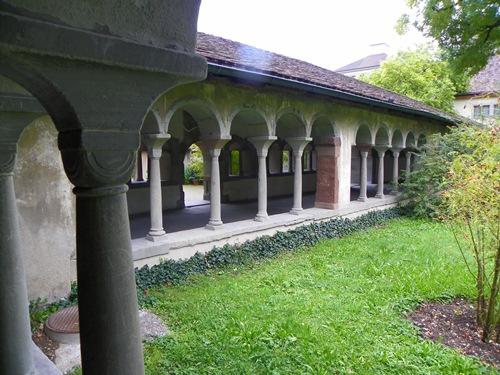 Sehenswürdigkeiten in Schaffhausen - Schaffhausen Der Kreuzgang des Klosters Allerheiligen
