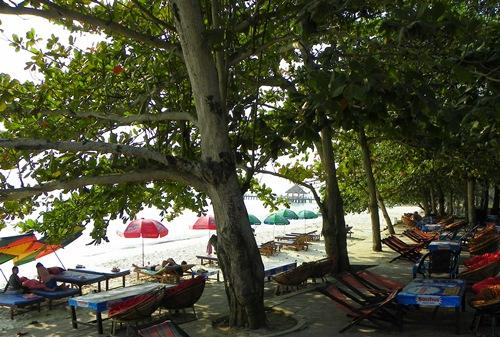 Sihanoukville ist das günstige Strand-Paradies in Kambodscha. Doch die Auswahl an Stränden ist gross. Dieser Artikel hilft dir bei der Auswahl.