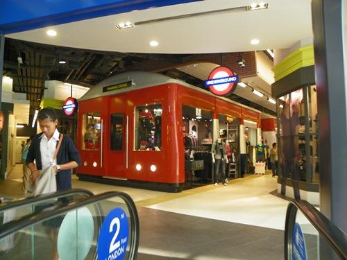 t21 2 london 03