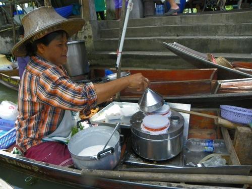 schwimmende Märkte nahe Bangkok Thailand tha-kha 100 0235