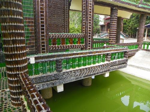 wat-lan-khuat-02 eine Million Flaschen Tempel